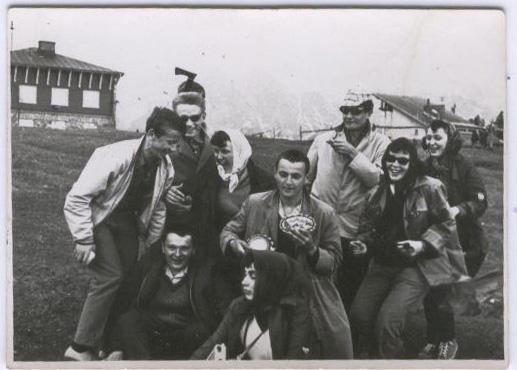 Wycieczka w Zakopanem, maj 1965 r. Od lewej: A. Magdziarz, B. Pawliszyn, M. Bukowski. W. Zejer, I. Tomaszun, A. Wilk , A. Krzywicki, A. Sperska, A. Wojszwiło.
