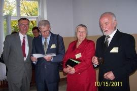 Od lewej: Marian Jechna, Kazik Piaścik, Irenka Milanowska i Janek Wyżykowski.