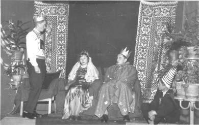 Księżniczka na ziarnku grochu Andersena na scenie internatu, 1966 r.