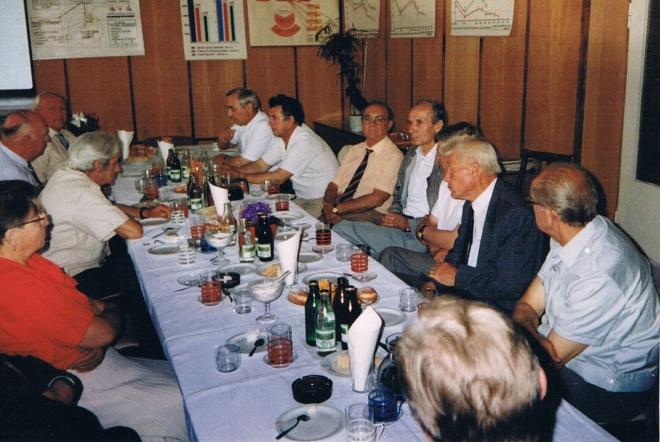 Pożegnalne przyjęcie  odchodzącego na emeryturę  S. Machnika na konferencji sierpniowej w Bęsi w 1986 r.