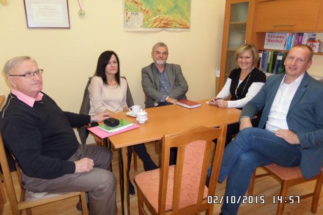 Spotkanie drugie. Od lewej Bronisław Pawliszyn, Krystyna Wieromiej Lewalska, Jerzy Niedźwiecki, Jadwiga Bożyczko, dyrektor Adam Brodowski