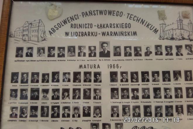 Fot. 9. Uwieńczeniem nauki w szkole było świadectwo maturalne. Ale też cenną pamiątką jest sporządzone na zakończenie nauki w technikum tableau.